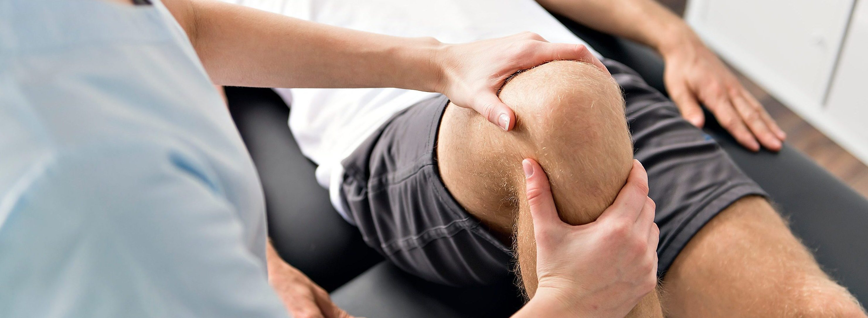 Knie Behandlung Physiotherapie